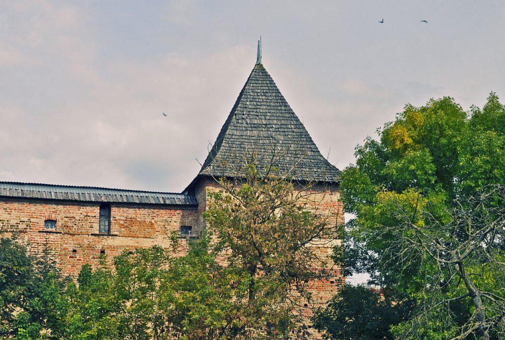 Дві пам'ятки архітектури національного значення планують відкрити вже цієї осені